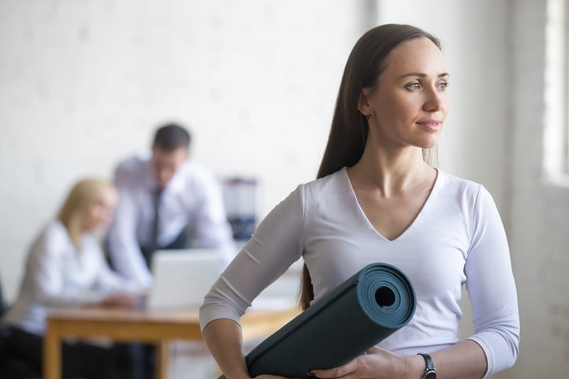 cours de yoga entreprise à PAris - yoga corporate