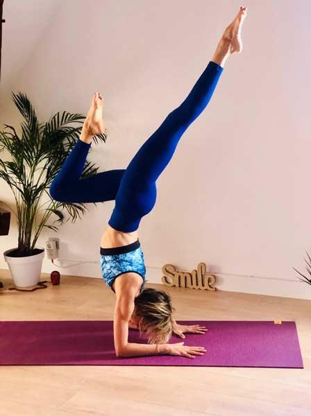 posture-de-yoga-pratique-personnelle-stephanie-billard