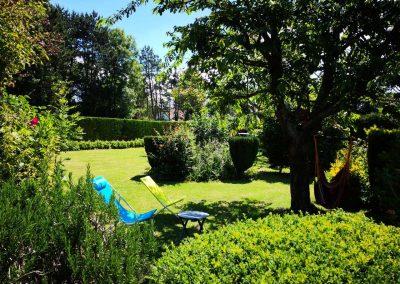 Stage yoga detox en NOrmandie - weekend end yoga et méditation détox baie de somme - jardin